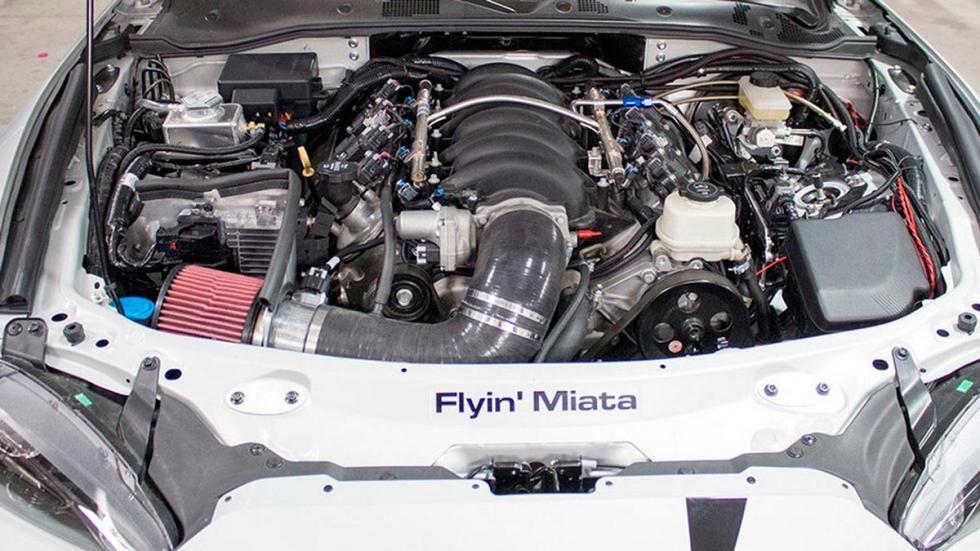 Swap de motor: V8 en un Mazda MX-5