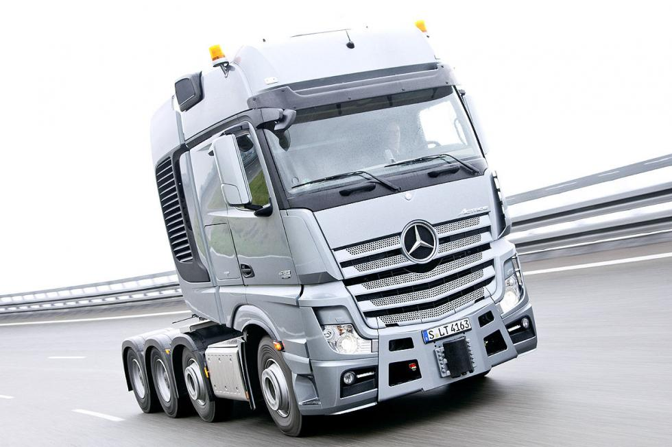 Actros SLT de Mercedes. 625 CV, seis cilindros, 15,6 litros.