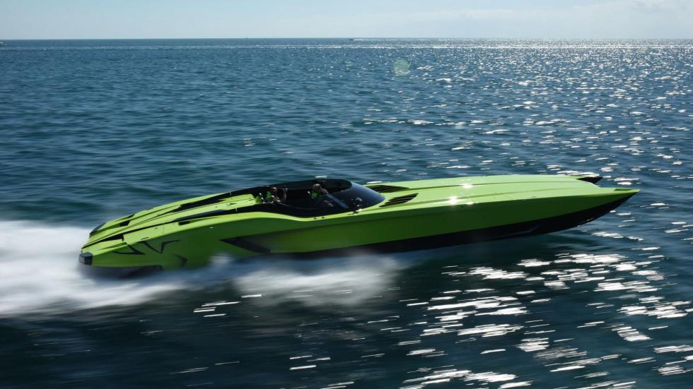 Barco Lamborghini Aventador SV