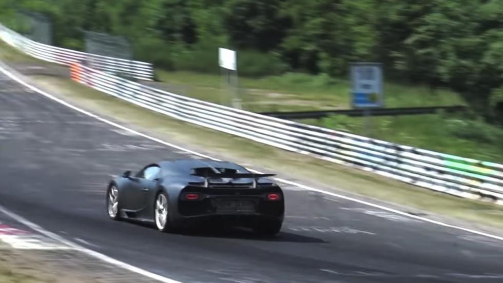 Un Bugatti Chiron rodando en Nürburgring