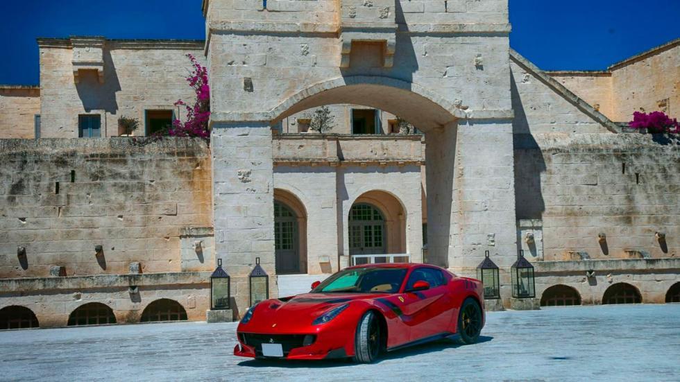 Cavalcade Ferrari 2017 laferrari f12tdf