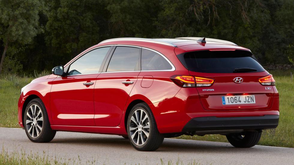 Hyundai i30 CW 2017 trasera