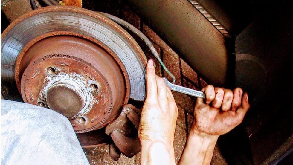 Vicios de petrolhead: reparar tu coche (I)