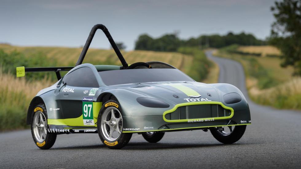 Aston Martin Vantage V8 Autos Locos Red Bull (XIX)