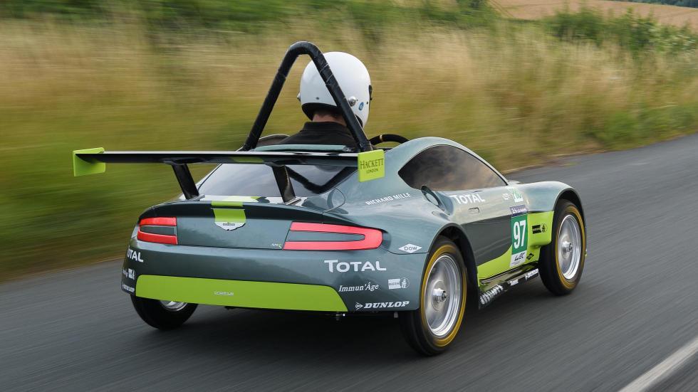 Aston Martin Vantage V8 Autos Locos Red Bull (XVII)