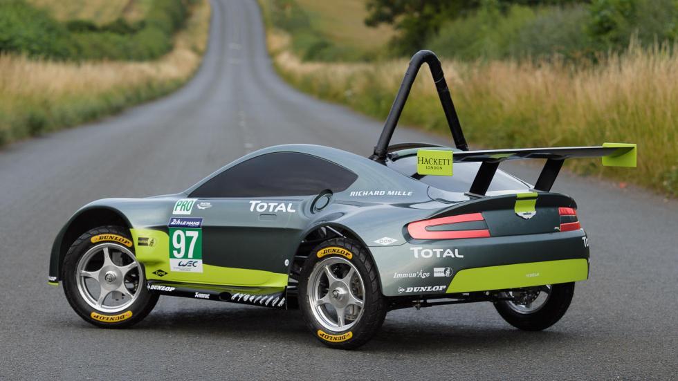 Aston Martin Vantage V8 Autos Locos Red Bull (XVIII)
