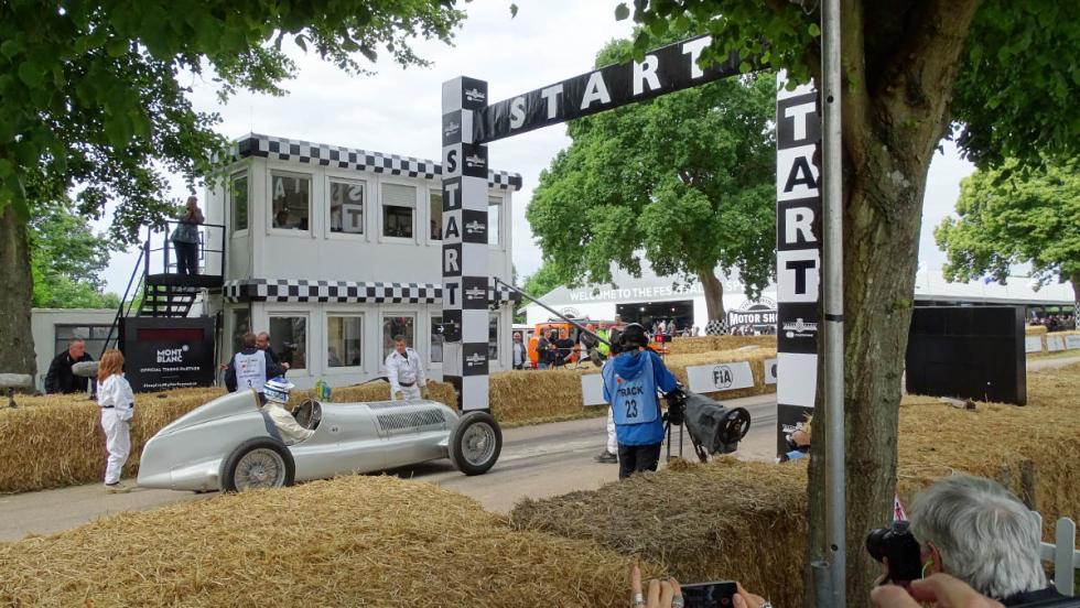 Las fotos más curiosas del Festival de Goodwood