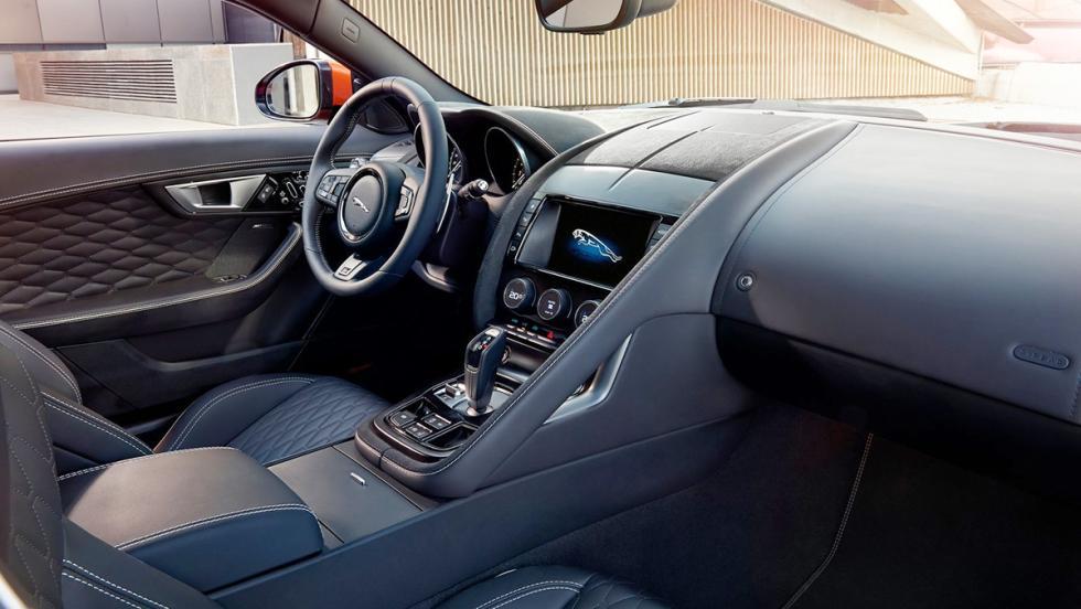 Los mejores rivales del Audi R8 2017 - Jaguar F-Type SVR