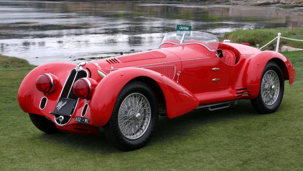 El mítico Alfa Romeo Mille Miglia 8C 2900 B de 1938, también del diseñador de ropa