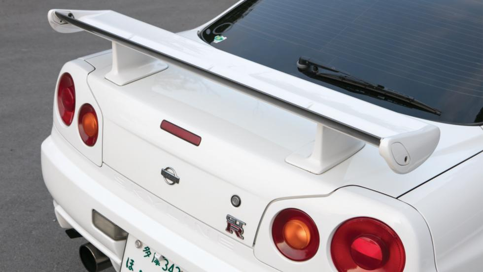 Nissan Skyline GT-R V-Spec (3)