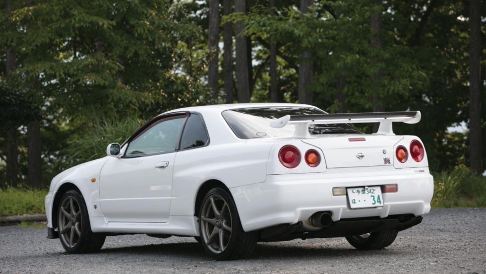 Nissan Skyline GT-R V-Spec (4)