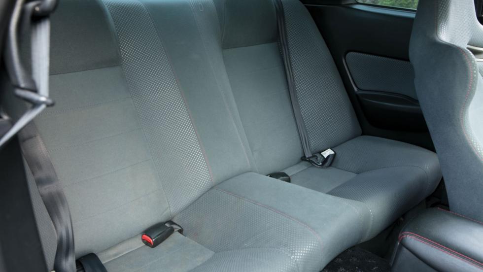 Nissan Skyline GT-R V-Spec (7)