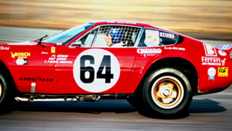 Paul Newman en plena acción con un Ferrari
