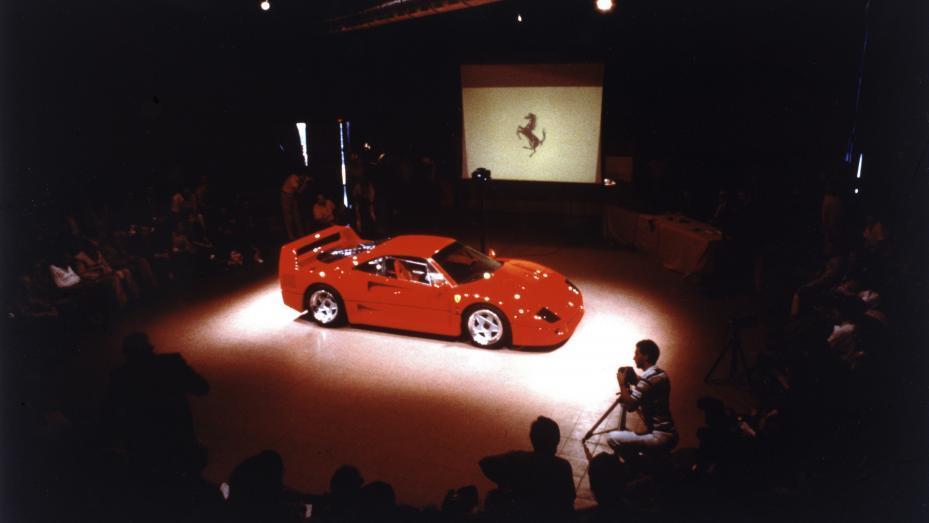 Presentación oficial Ferrari F40 1987