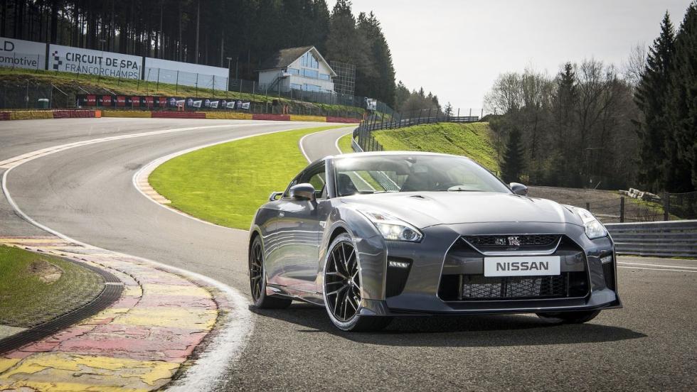 Los rivales del Mercedes-AMG GT - Nissan GT-R