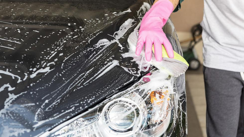 Test: ¿eres realmente petrolhead? - ¿La das a tu coche más cuidados que a ti?