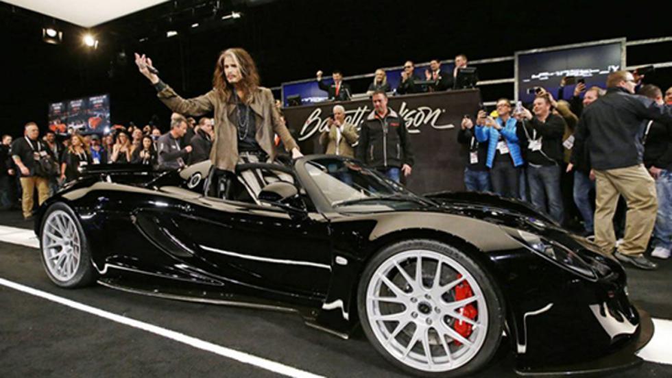 Tyler en plan estrella con su Hennessey Venom GT Spyder