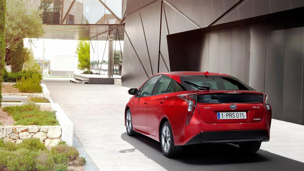 5 coches que deberíamos odiar los petrolhead - Toyota Prius