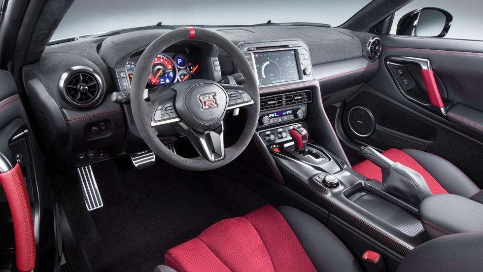 Los deportivos más prácticos del mercado - Nissan GT-R