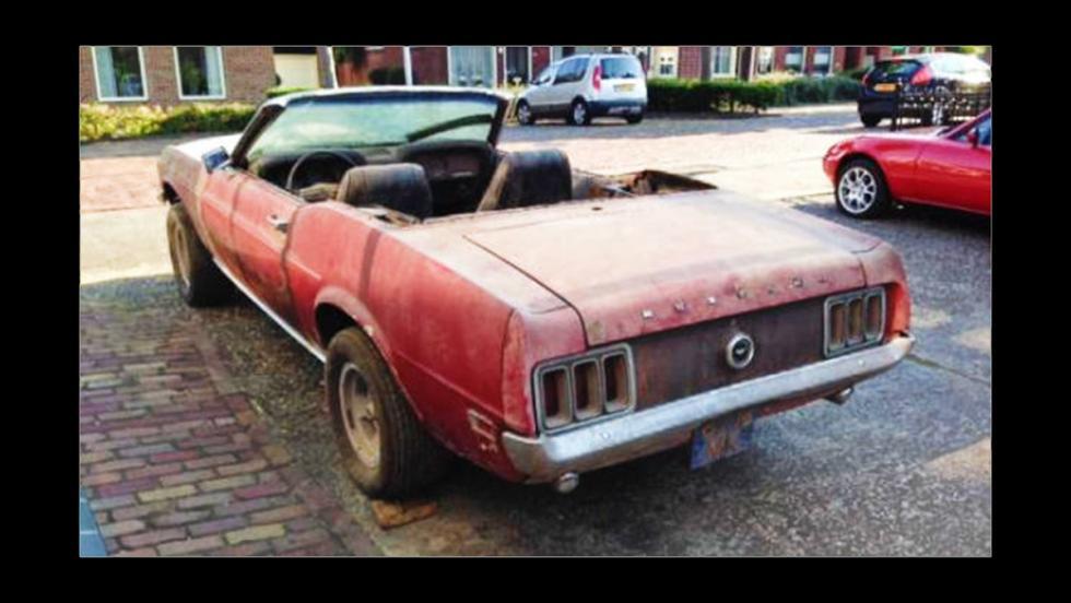 Flipa con este Mustang 4x4 de 1970 y descapotable
