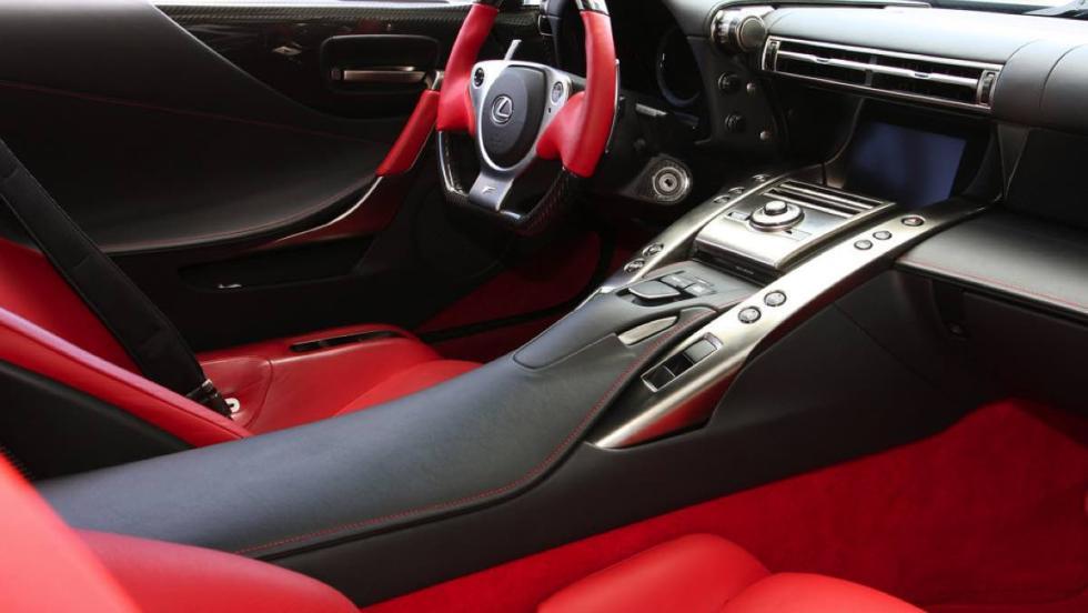 Lexus LFA (III)