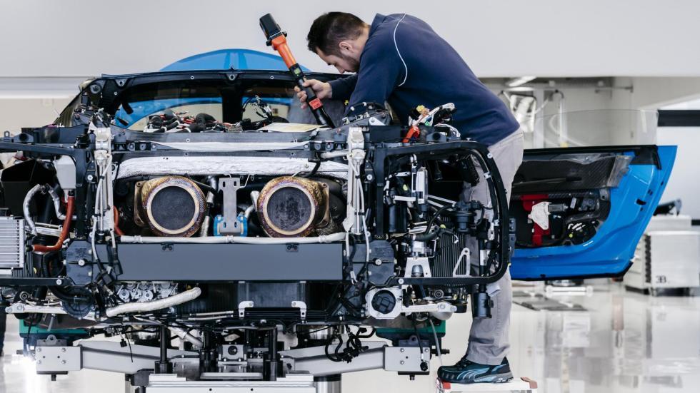 Proceso de fabricación del Bugatti Chiron fabrica producción montaje