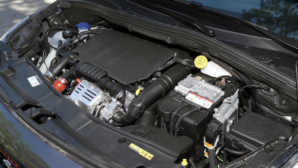 Prueba Peugeot 2008 GT Line 1.6 BlueHDi 120 CV (XIV)