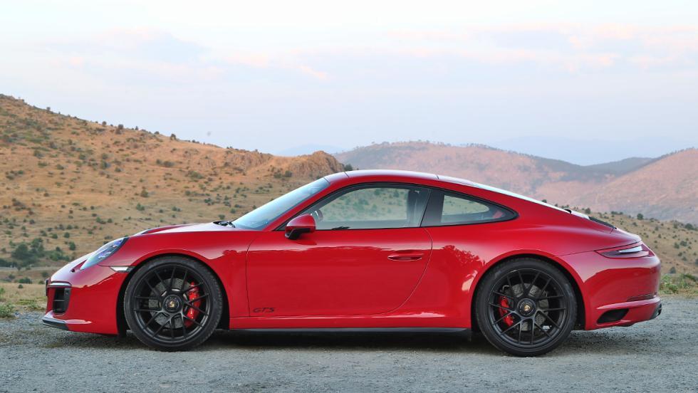 Prueba del Porsche 911 Carrera 4 GTS 2017