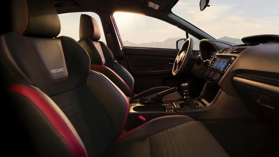 Subaru WRX 2018 (interior)