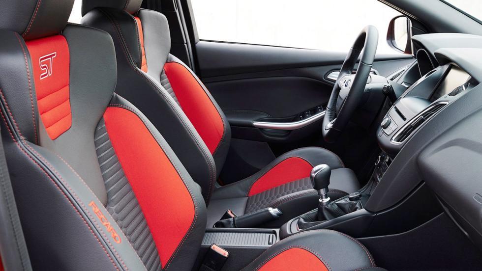 5 coches deportivos por menos de 30.000 euros - Ford Focus ST