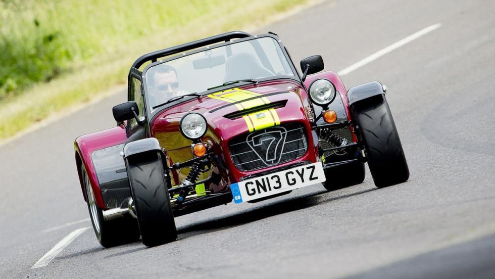 5 coches nada prácticos pero muy molones que puedes comprarte hoy - Caterham