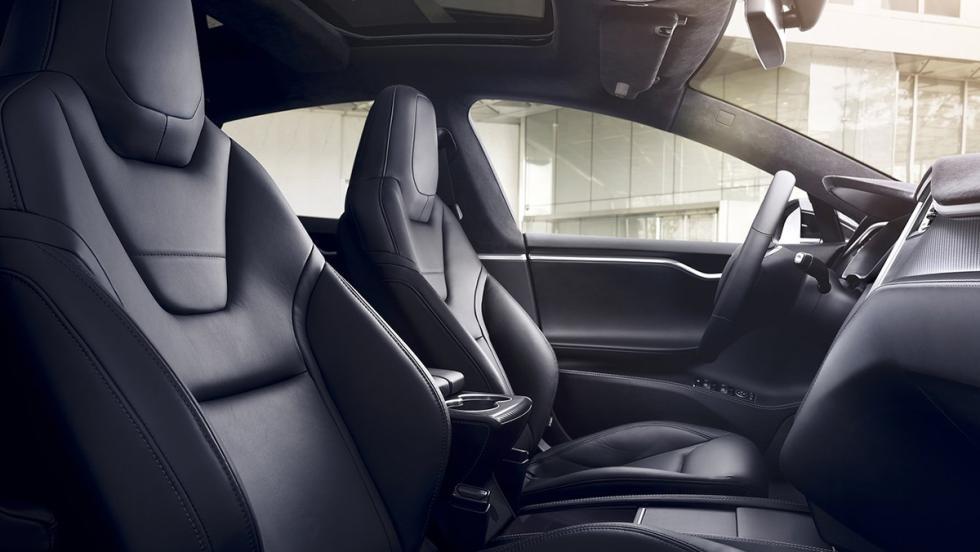 5 coches con los que debería patrullar la Guardia Civil - Tesla Model S P100D