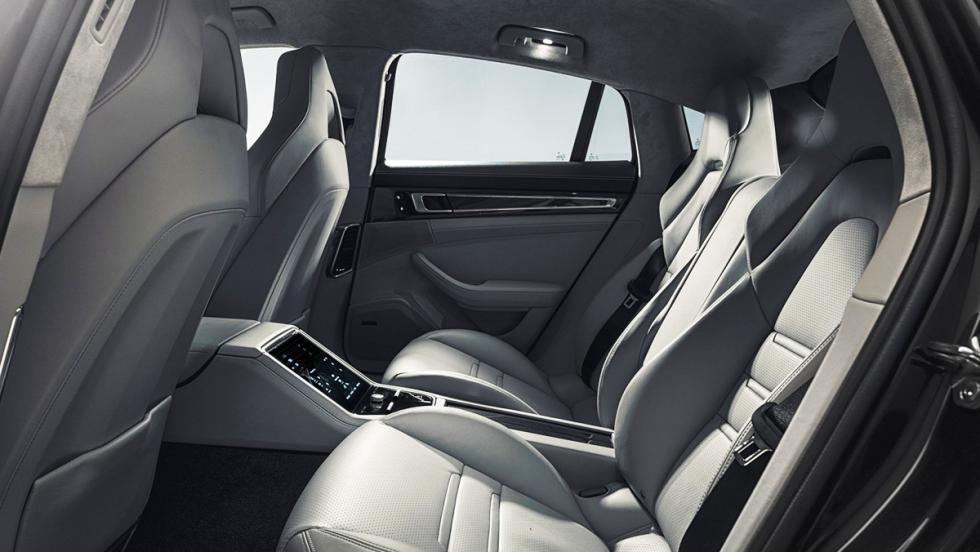 ¿Cómo es la berlina perfecta? El interior del Porsche Panamera