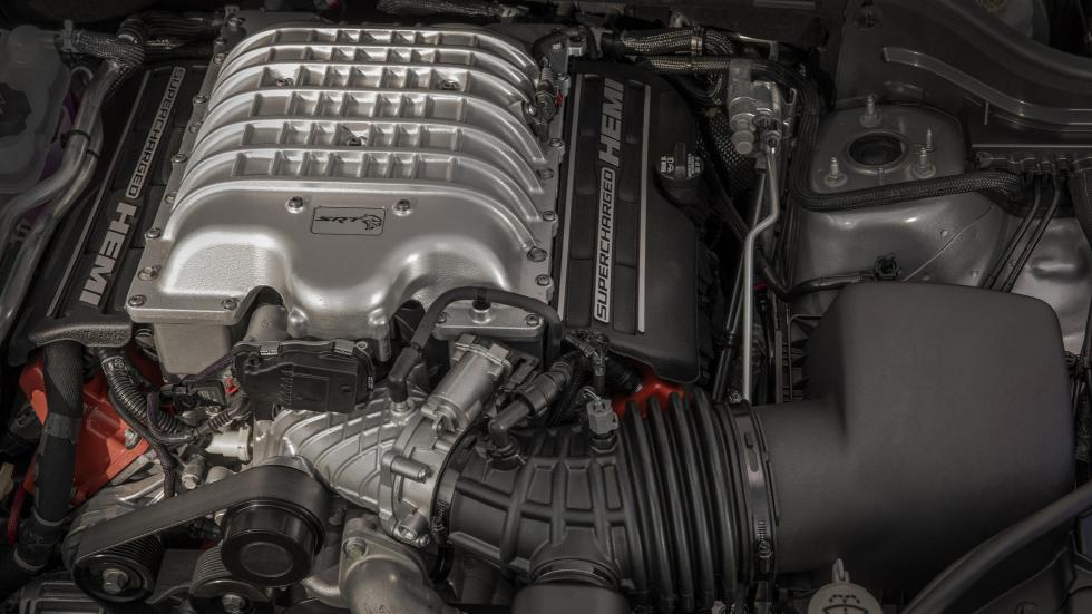 Jeep Grand Cherokee Trackhawk motor V8 6.2