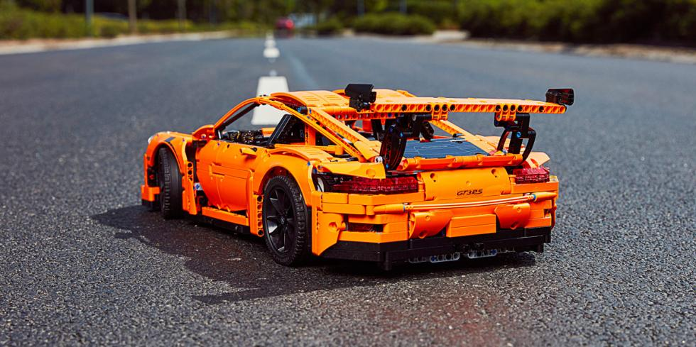 Porsche 911 GT3 RS Lego (trasera)