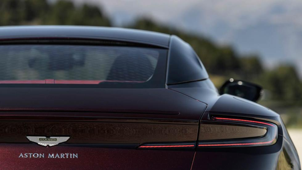 Prueba Aston Martin DB11 V8 deportivo britanico lujo