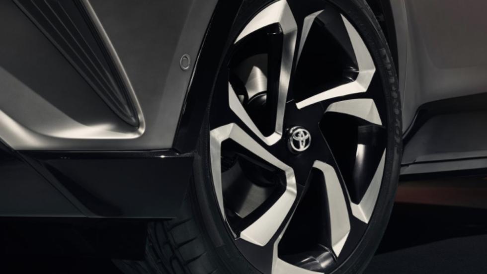 Toyota C-HR Hy-Power Concept (IX)