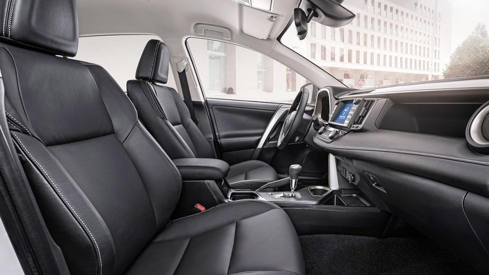 5 coches que son mejores en versión híbrida - Toyota RAV4