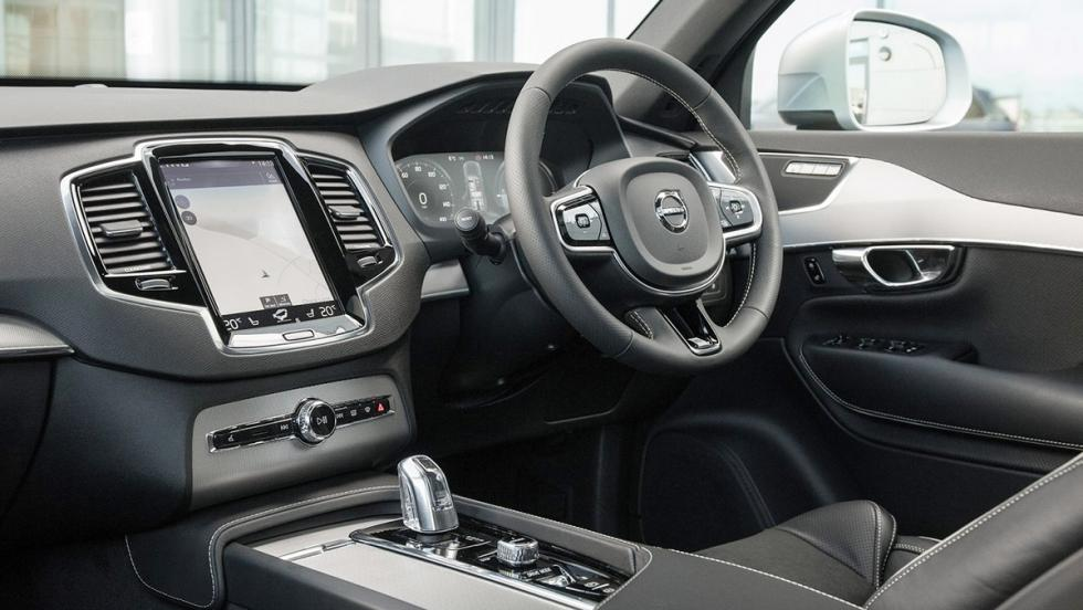 5 coches que son mejores en versión híbrida - Volvo XC90 T8