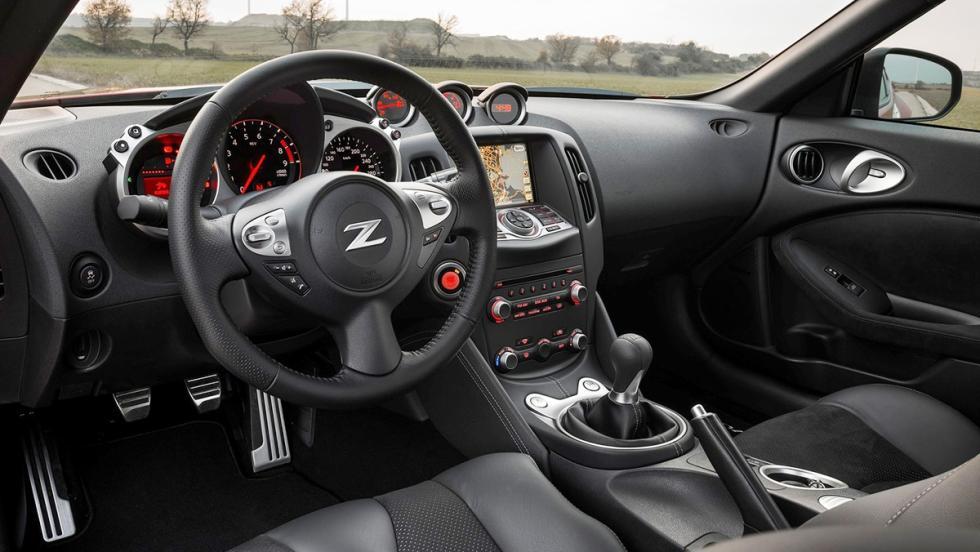 5 coches para ser el rey de tu barrio - Nissan 370Z