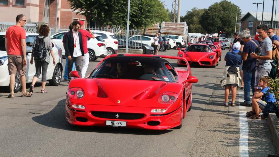 70 aniversario de Ferrari en Maranello clásico lujo deportivo
