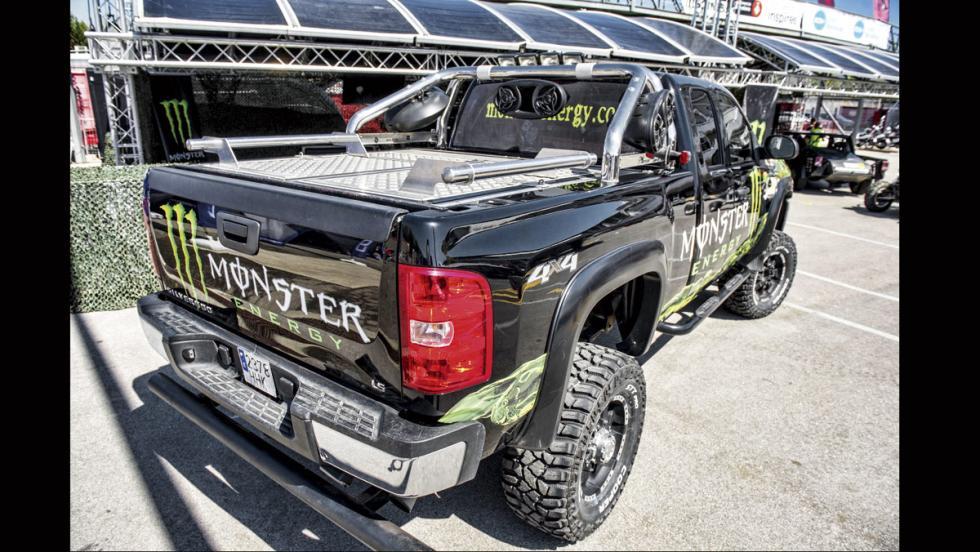 Chevrolet Silverado Monster (trasera)