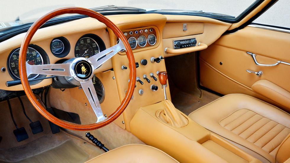 Lamborghini 400 GT 2+2