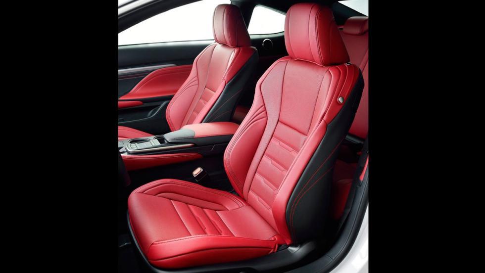 Lexus RC 300h F-Sport (VII)