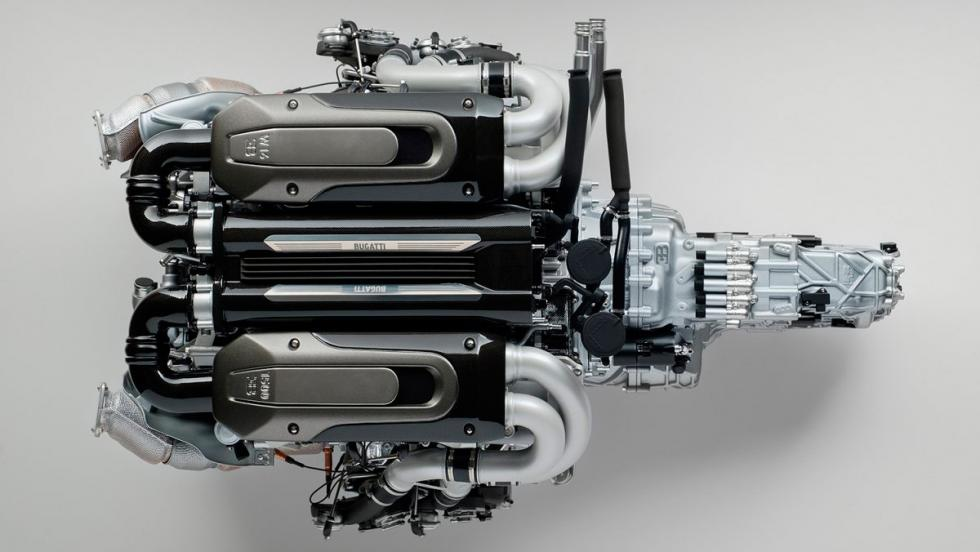 Motor a escala de un Bugatti Chiron (IV)