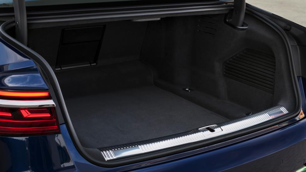Prueba Audi A8 2017 (maletero)