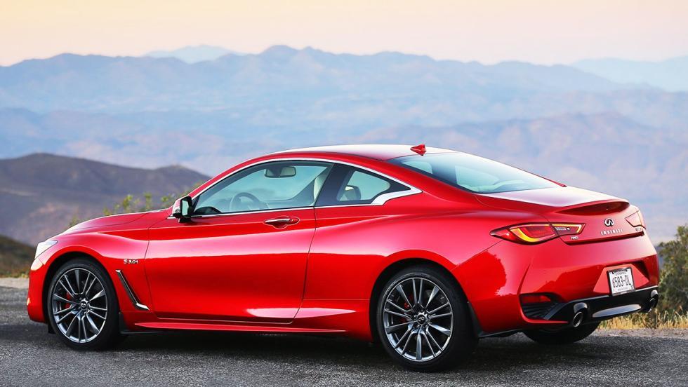 10 deportivos más lentos que el camión de Tesla - Infiniti Q60