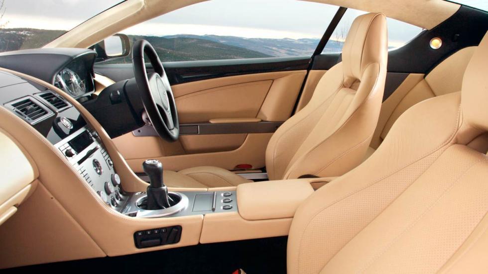 Aston Martin DB9 lujo deportivo
