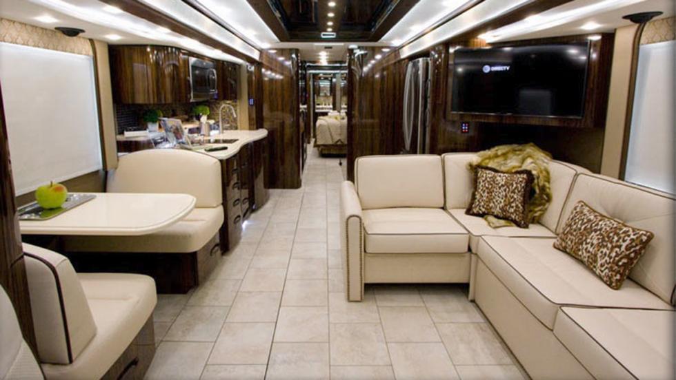 Las autocaravanas más lujosas del mundo - Foretravel IH-45 Luxury Motor Coach