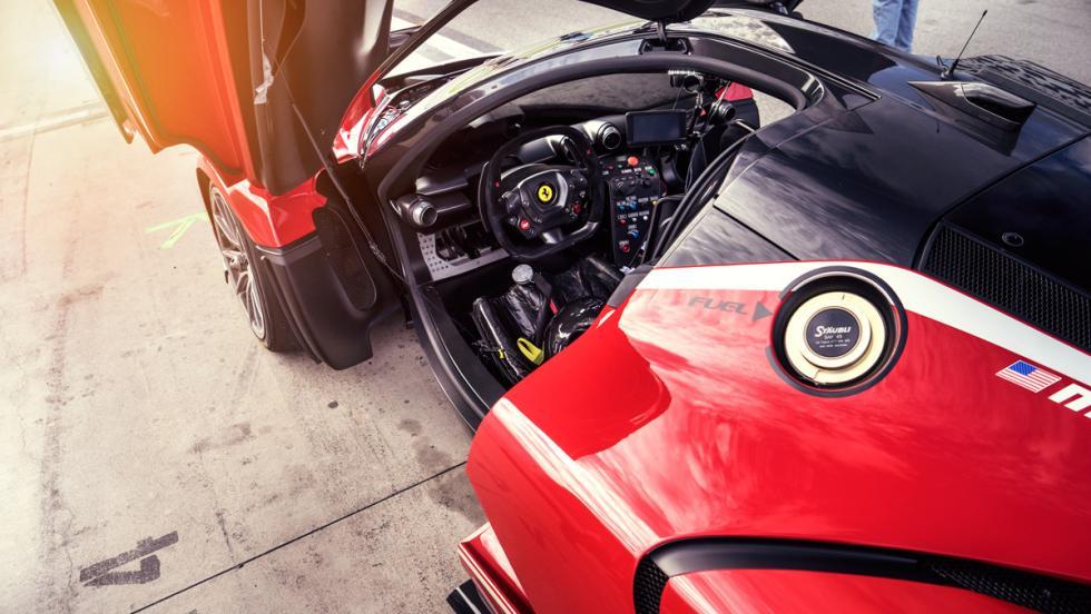 Prueba Ferrari FXXK (interior)